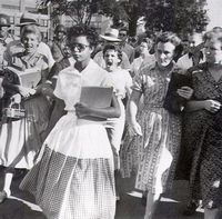 Elizabeth_Eckford_one_of_the_Little_Rock_Nine