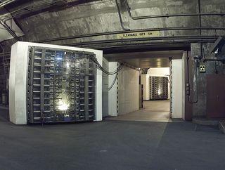 1280px-NORADBlast-Doors